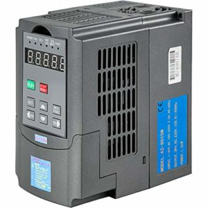 VEVOR Variateur de fréquence VFD Triphasé 1.5KW 34A 220V pour des Charges à Couple Constant